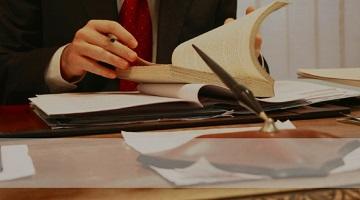 Юридические консультации смогут оказывать только адвокаты — иллюстрация к новост