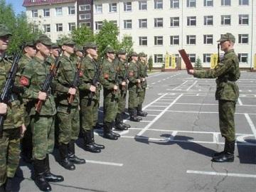 Иллюстрация к новости: учащимся предоставят отсрочку от армии