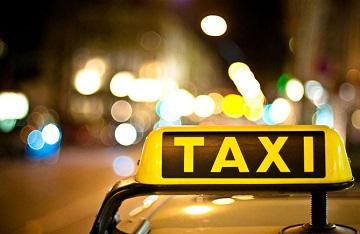 Иллюстрация к новости: таксистам запретят отказываться от перевозки пассажиров